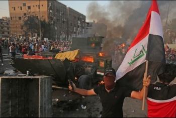 بعد اعتقالات وإحراق خيام المتظاهرين.. فض اعتصام البصرة بالقوة