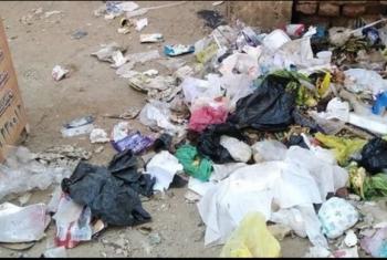 شكوى من انتشار القمامة بالشيخة حميدة في القرين