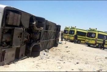 مصرع وإصابة 12 في حادث مروري بأبوكبير (صور)
