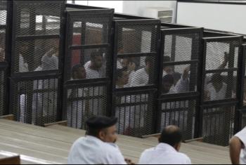 حبس 3 معتقلين بالإبراهيمية 6 أشهر