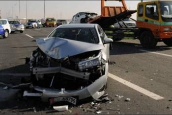إصابة 6 أشخاص في حادث تصادم بطريق