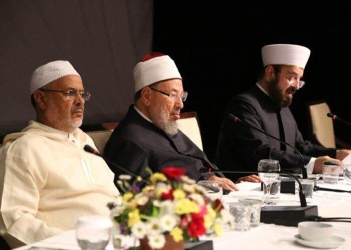 الشيخ الدكتور أحمد الريسوني يكتب: صفقة أم صفاقة؟