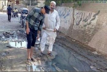 أهالى الحلمية بأبوحماد يشتكون من انتشار مياه الصرف الصحى