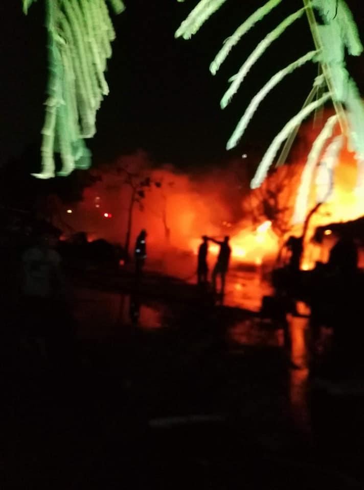 التهم كل محتوياته.. حريق في مخزن أدوات صحية بالعاشر من رمضان