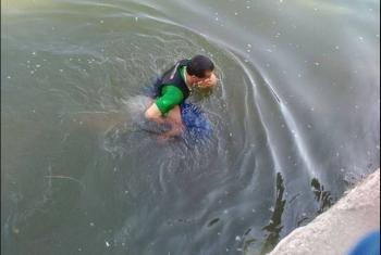 غرق طفل في كفر صقر أثناء اللهو فى بحر مويس