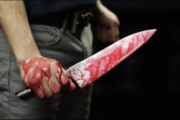 إصابة طالب بالسكين على يد عمه ونجله لخلافات على الميراث بأبو كبير