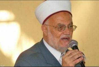حماس تدين إبعاد الاحتلال الشيخ عكرمة صبري عن المسجد الأقصى