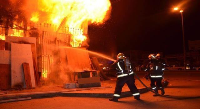 حريق بمصنع موبيليا بالمنطقة الصناعية في حي السلام أول بالقاهرة