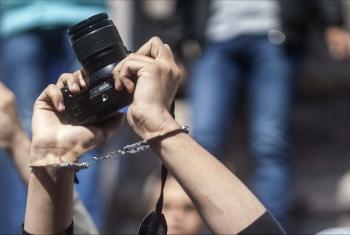 انتهاكات العسكر مستمرة.. 24 حالة منع من التغطية الصحفية خلال نوفمبر