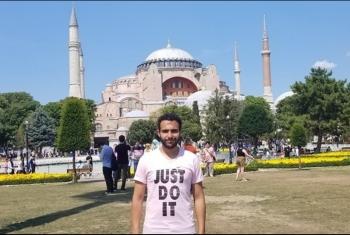 مواطن مصري يكشف محاولة احتجازه بالقنصلية المصرية بإسطنبول