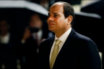 نيويورك بوست: العسكر يعودون بمصر إلى نموذج الرئيس مدى الحياة
