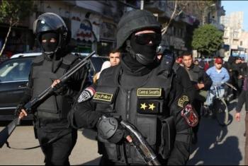 قبل ساعات من الحراك الثوري.. الأمن يشن حملة اعتقالات في قرى منيا القمح ومشتول السوق