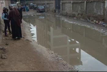 مشتول السوق| مياه الصرف تُغرق شوارع قرية