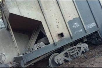 خروج قطار بضائع عن القضبان بأبوكبير