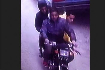 في نهار رمضان.. ثلاث لصوص على دراجة بخارية يسرقون سيدة بالزقازيق