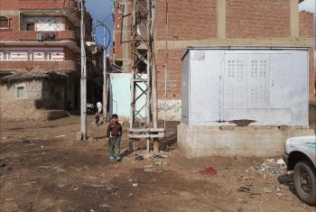 مطالب بنقل تيار ضغط عالي داخل مركز شباب قرية بالإبراهيمية (صور)