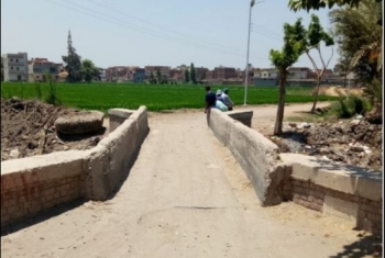 قرية بأولاد صقر تستغيث بسبب