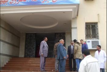 فوضى وإهمال.. تزويغ 10 أطباء وممرضين من مستشفى ههيا المركزي