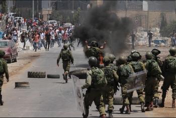 إصابة 38 فلسطينيًا فى مواجهات مع القوات الصهيونية