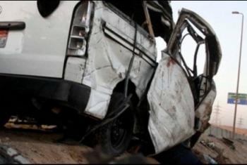 مصرع وإصابة 6 مواطنين إثر انقلاب ميكروباص بالعاشر من رمضان