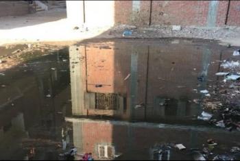 مياه الصرف تحاصر سكان قرية