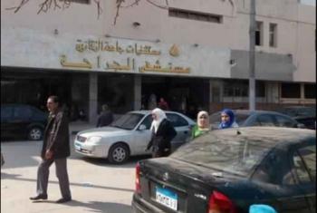 تعطل مصعد مستشفى جامعة الزقازيق بالمرضى والأطباء