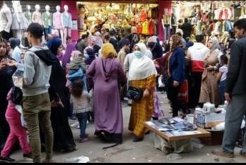 الباعة الجائلون كابوس يطارد سكان شارع 23 يوليو فى الزقازيق