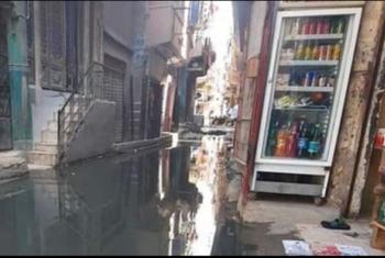 العدلية ببلبيس غارقة في مياه الصرف الصحي