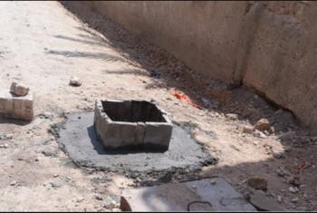 بالصور.. بلاعات الصرف الصحي تهدد أهالي المنشية بكفر صقر