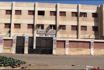 الحسينية.. أهالي منشأة أبوعامر والحجازية يشكون من إغلاق مستشفى تكاملي