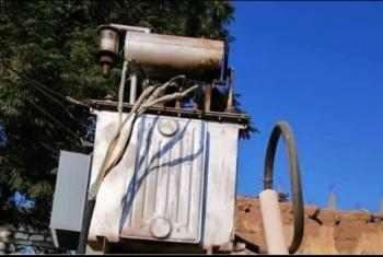 محول كهربائي يهدد سكان قرية المحمودية بههيا