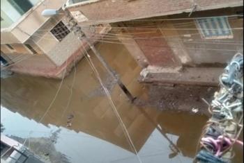 غضب المواطنين في مشتول السوق من تراكم مياه الأمطار