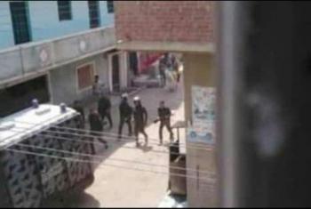 للشهر الثالث.. شرطة الانقلاب تشدد حصارها على قرية