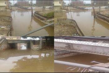صور.. مياه الأمطار تغرق نفق المشاة بأبوحماد