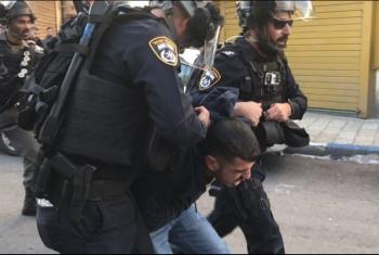قوات الاحتلال تعتقل ثلاثة مواطنين بينهم طفل بالقدس المحتلة