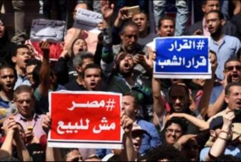 أذرع الانقلاب تهيئ الأجواء لعرض المسرحية الهزلية.. السفراء يبدءون
