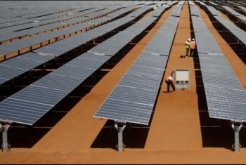 حكومة الانقلاب تفرض رسوما على محطات الطاقة الشمسية