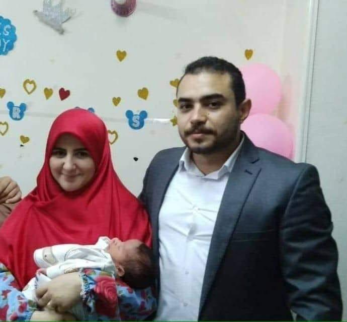 نتيجة بحث الصور عن إسلام حسين وزوجته مي عبد الستار