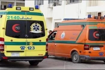 إصابة 13 شخصا في انقلاب سيارة نقل بالعاشر من رمضان