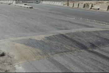 أولاد صقر  أهالي عزبة أبوالعمايم يشكون تهالك الطريق الرئيسي