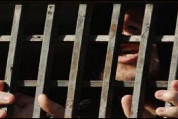 حبس 5 معتقلين من القرين 15 يوما