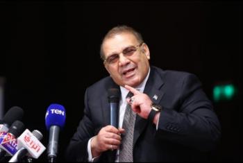 تجديد حبس رجل الأعمال المصري حسن راتب في