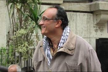 255 صحفيا وشخصية عامة يتضامنون مع الصحفي هشام فؤاد