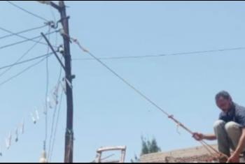 عمود كهرباء متهالك يهدد حياة المواطنين بالحسينية