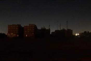 انقطاع الكهرباء يؤرق أهالي منطقة نادي الرواد بالعاشر