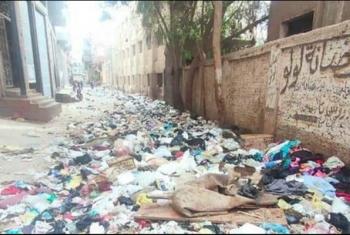 شكاوى من تراكم القمامة بشوارع بلبيس